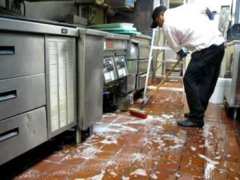Restaurant Cleaning by Super Clean 360